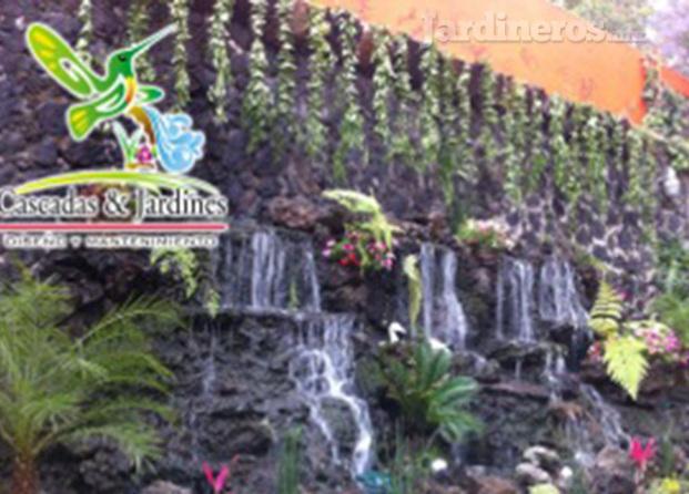 Im genes de cascadas y jardines servicios integrales de for Imagenes de jardineria gratis